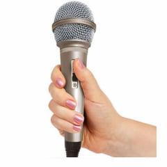 Microfone Dinâmico com Fio Unimex MC-106
